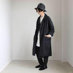 コート(着用サイズ:46) ● TEATORA(テアトラ) | Device Coat [packable] #black + シャツ(着用サイズ:38) ● no control air(ノーコントロールエアー) |