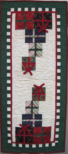 Christmas Presents Stack Table Runner