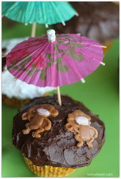 Monkey Cupcakes #MonkeyKingdomEvent - Virtually Yours