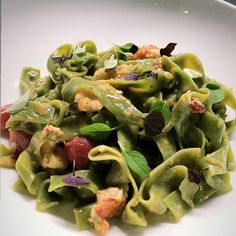 Tagliatelle with lobster Fine Dining, Restaurant Bar, Provence, Sprouts, Green Beans, Vegetables, Food, Tagliatelle, Green