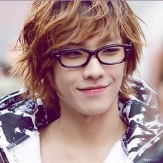 How cute with glasses even though there are no lenses..