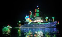 Davey's Locker - Newport Beach: Boat Parade of Lights or Holiday Lights Cruise with Optional Drinks at Davey's Locker Cruises (Up to 52% Off)