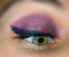 #purple #eye #makeup for green eyes