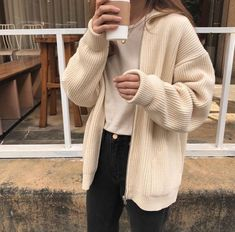 Awesome Outfit Ideas Aesthetic You Will Love outfit ideas aesthetic, My Style, Women Fashion Indie Outfits, Korean Outfits, Cute Casual Outfits, Fashion Outfits, Fashion Hair, Dress Casual, Grunge Outfits, Sweater Fashion, Fashion Tips