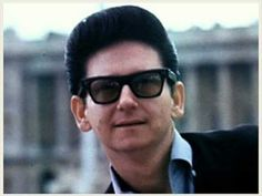 ➜Roy Orbison - Love Storm - YouTube