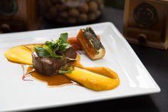 """Concurso """"Sou chef, uso Germer"""" -  Carne de sol com molho de melaço com due de purê e queijo coalho na crosta de ervas com mini brotos - Ricardo Soares Fernandes - Assesc"""