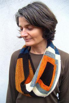 Albers cowl, pattern for sale on Ravelry