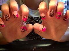 Pink and cheetah nails! Hot Nails, Hair And Nails, Leopard Print Nails, Pink Leopard, Fabulous Nails, Creative Nails, Cool Nail Designs, Nails Inspiration, How To Do Nails