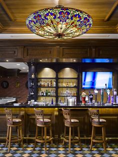 Sheraton Doha Resort and Convention Hotel, Qatar. #victorian #pub #bar #light #lightingdesign #hospitality