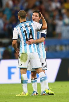 Lionel Messi of Argentina and Javier Mascherano celebrate victory after the 2014 FIFA World Cup Brazil Group F match between Argentina and B. Argentina Soccer Team, Argentina National Team, France Vs, Messi Photos, Team Player, Fifa World Cup, Lionel Messi, Football Players, Victorious