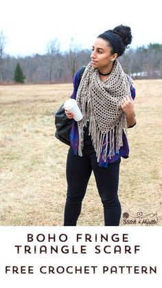 Boho Triangle Shawl Free Crochet Pattern — Stitch & Hustle It's all you need for seasonal travel in Shawl Crochet, Crochet Triangle Scarf, Crochet Shawls And Wraps, Crochet Scarves, Crochet Clothes, Free Crochet, Crochet Accessories, Crochet Patterns, Crochet Ideas