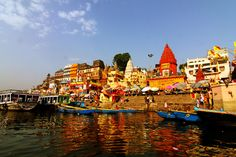 Varanasi is the #spiritualtourIndia of your imagination. One of the most colorful and fascinating place in India.