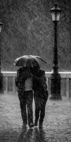 Pluviophile - Umbrella - Hard rain by Enzo D Rain Umbrella, Under My Umbrella, Walking In The Rain, Singing In The Rain, Rainy Night, Rainy Days, Arte Black, I Love Rain, Sound Of Rain