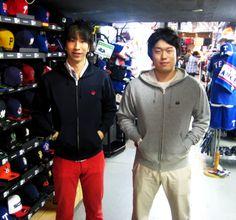 【新宿1号店】 2013年6月23日 プロ野球ファンの小高さんと宇都宮さんです。お揃いの近鉄パーカーをご購入頂きました!パーカーとてもよくお似合いです!!またのご来店お待ちしております♪ #npb