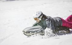 Airboarding mit der CSA Skischule Silvia Grillitsch Ice Climbing, Long Distance, Winter Vacations, Photo Illustration