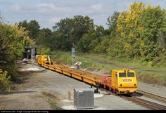 Net Photo: Herzog Railway Services Herzog MPM at Toledo, Ohio by Michael Harding Network Rail, Road Construction, Toledo Ohio, Train Layouts, Train Tracks, Model Trains, Locomotive, Planes, World
