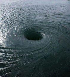 Bermuda triangle whirlpool