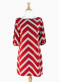 Chevron style for the Hogs! Chevron Dress, Red Chevron, Pretty Outfits, Cute Outfits, Prep Style, Mommy Style, Down South, Types Of Fashion Styles, Dress To Impress