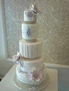 Round Wedding Cakes - *  5 tier fondant wedding cake