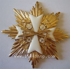 grand cross of the order of the german eagle in gold with diamonds | Order of the German Eagle, Grand Cross Star with Swords in Gold.