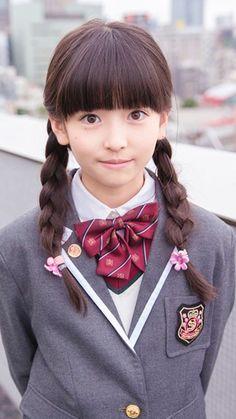 Cute School Uniforms, Girls Uniforms, Teen Mini Skirt, Kawai Japan, Girls Gallery, Japan Girl, Little Girl Hairstyles, Japanese Beauty, Beautiful Asian Women