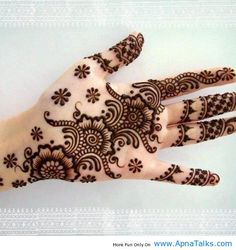 Henna was originally used as a form of decoration mainly for Hindu brides. Muslims of Indian subcontinent also apply Mendi during their festivals like Eid-ul-Fitr and Eid-ul-Adha.