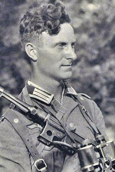 A Wehrmacht Soldier with a MP-38 |