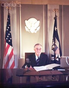 President Franklin Delano Roosevelt in the Oval Office of the White House. He led the United States through World War II. Franklin Roosevelt, Theodore Roosevelt, Roosevelt Family, American Presidents, Us Presidents, American History, Franklin Delano, Harry Truman, Dogue De Bordeaux