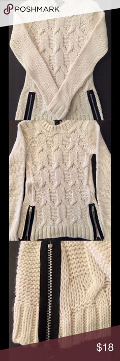H&M Wool Blend Zipper Sweater H&M cream colored sweater featuring dual zippers at the hips. Made of a wool/acrylic blend. Size XSmall. Never worn. H&M Sweaters Crew & Scoop Necks