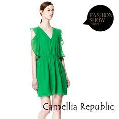 【Camellia Republic】森林綠意性感深V雪紡洋裝 - momo 富邦購物網