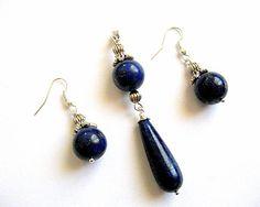 Lapis lazulit set bijuterie cercei si pandantiv, culoare albastra - set bijuterie pietre semipretioase Lapis Lazuli, Drop Earrings, Jewelry, Crystal, Bead, Jewlery, Bijoux, Schmuck, Drop Earring