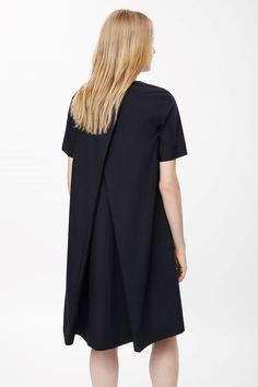 COS | Dress with pleated back