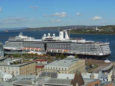Little Cruise ship