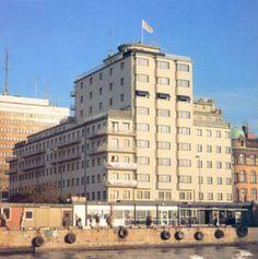 Kolga lores - Funktionalism (arkitektur) – Wikipedia