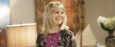 L'ex star di Cin Cin Shelley Long riprenderà per la seconda volta il ruolo di DeDe in Modern Family. La comedy della ABC ha invitato l'interprete della folle ex moglie di Jay Pritchett (Ed O'Neill) nell'imminente quarta stagione.