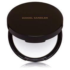 Need a blotting powder to help with oily/shiny skin read the latest blog and watch the video