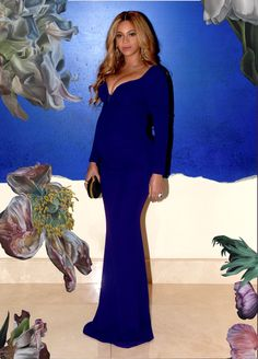 Beyonce Is Really GROWING . . . And We're Not Talking About er BABY BUMP Either . . . Look How Big Her BOOBS ARE GETTING!!! - MTONews.com™