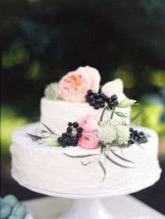 Wedding Dessert Table Inspiration   White Cake with Lovely Florals   Diana Marie Photography