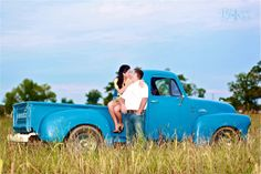 Bliss Photography » Louisiana Photographer Specializing in Seniors, Weddings, Maternity and Boudoir » Engagements