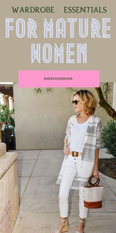 Dresses Women Over 50, Stylish Outfits For Women Over 50, Classic Outfits For Women, Clothes For Women Over 50, Fashion For Women Over 40, Over 40 Outfits, Short Women Fashion, Travel Clothes Women, Fashion Over Fifty