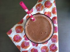 Shots + Sunnies: Slim-Fast Chocolate and PB Smoothie Low Fat Smoothies, Smoothie Prep, Apple Smoothies, Weight Loss Smoothies, Slim Fast Shakes, Pb Fit, How To Squeeze Lemons, Protein Shakes, Happy Family
