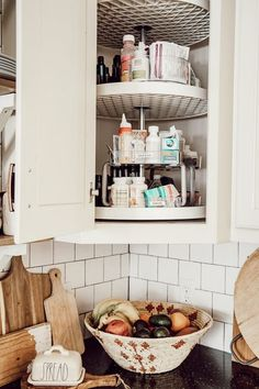 ideas for storing medicine - lazy susan for medicine #medicinestorageideas Medicine Cabinet Organization, Medicine Storage, Home Medicine, Organize Medicine, Organisation Hacks, Home Organization, Organizing Ideas, Pull Down Spice Rack, Essential Oil Storage