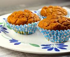 Weight Watchers 2 Point- Pumpkin Muffins, Prep Time: 5 mins, Cooking Time: 25 mins, Serves: 24 Servings, Directions: Mix all ingredients in mixer. Makes 24 muffins. Cook for minutes at They will be very moist. Weight Watchers Muffins, Weight Watchers Pumpkin, Weight Watchers Desserts, Spice Cake Mix And Pumpkin, Pumpkin Spice Muffins, Pumpkin Cupcakes, Egg Cupcakes, Pumpkin Bread, Ww Recipes