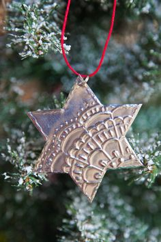 Advent Jesse Tree DIY ideas, how to, day 22 the star, tin smithing, tin with embossing, metal