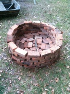 Fire pit  Fast and very easy..made with regular whole bricks