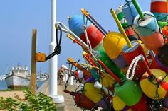 Oh buoy, oh buoy.  Colourful buoys are beautiful in a centrepiece. #Nautical  http://maritimemuseum.novascotia.ca/
