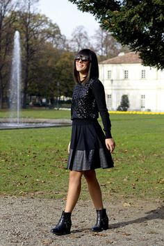 Black sequins outfit