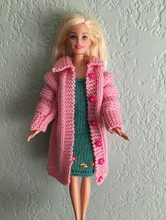 Pamclyde's Pink Barbie Coat - Expolore the best and the special ideas about Fashion dolls Sewing Barbie Clothes, Knitting Dolls Clothes, Barbie Clothes Patterns, Doll Dress Patterns, Crochet Doll Clothes, Clothing Patterns, Knitting Toys, Knitting Projects, Crochet Barbie Patterns