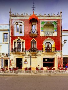 Café Águias d' Ouro, Estremoz, Portugal. 6 different window styles on the same building. Algarve, Art Nouveau, Spain And Portugal, Portugal Travel, Amazing Architecture, Architecture Details, Europe, Oh The Places You'll Go, Around The Worlds