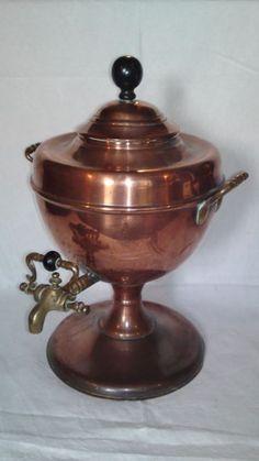Copper vintage Victorian antique samovar / tea urn